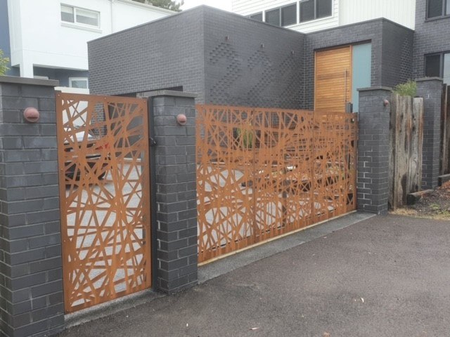 CORTEL STEEL Gate 2